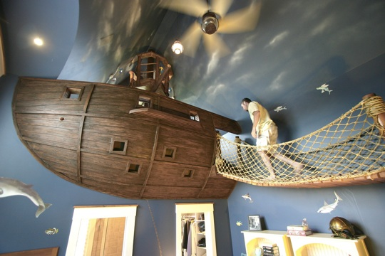 Pirate themed childrens bedroom