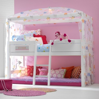 girls four poster bed