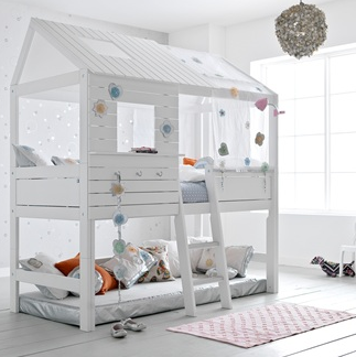 girls hut bunk bed