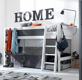 Teenagers bedroom