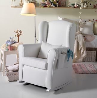 Micuna white nursing chair