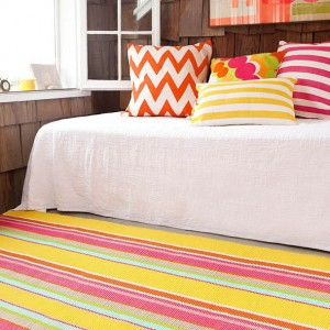 Happy-Yellow-Stripe-Rug-Sq-Lr-Cuckooland2