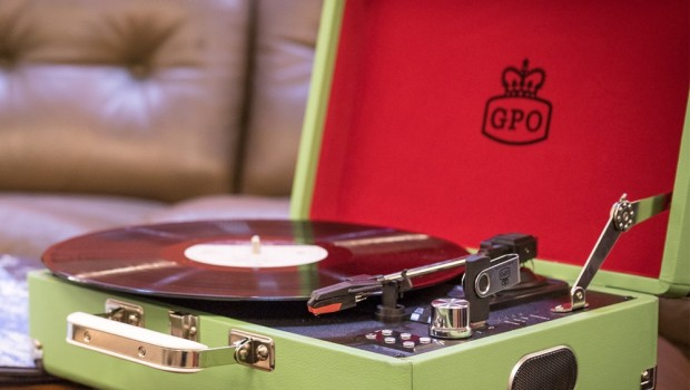 Ultimate Guide to Record Players