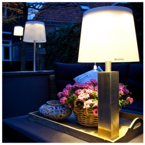 Docklight LED Solar Garden Light